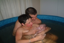 Birth stories - Home water birth with midwife